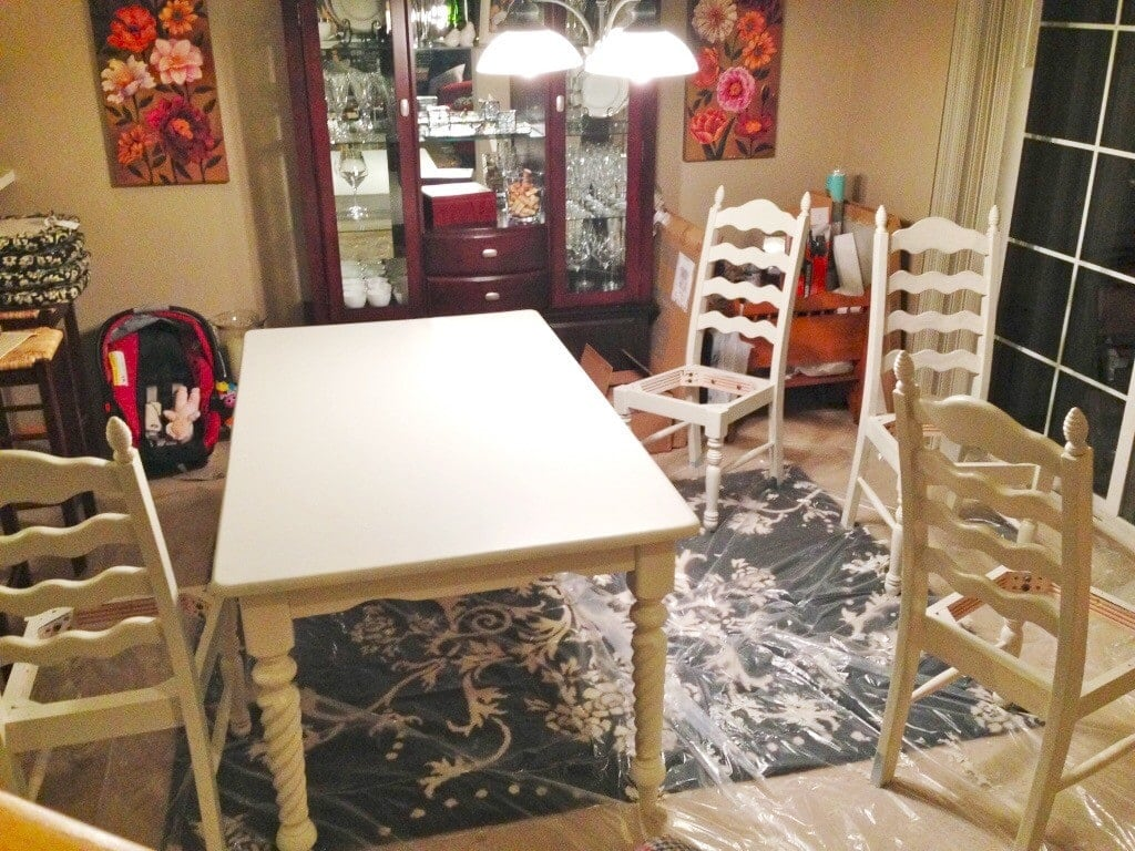 Stenciled Table Makeover - www.refashionablylate.com