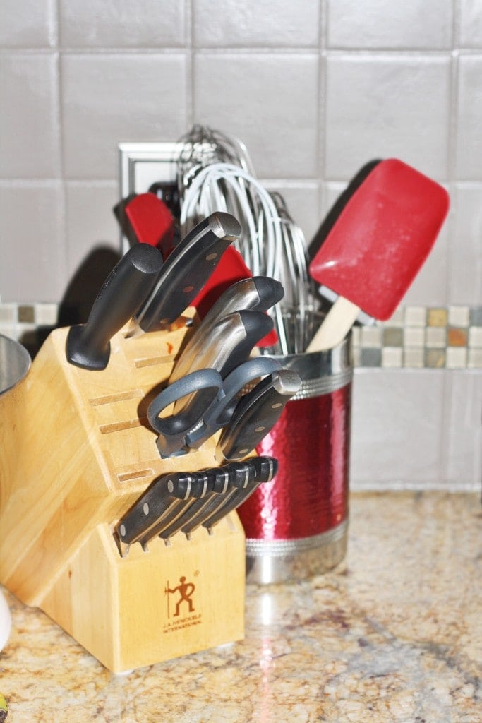 Updated Knife Block - www.refashionablylate.com
