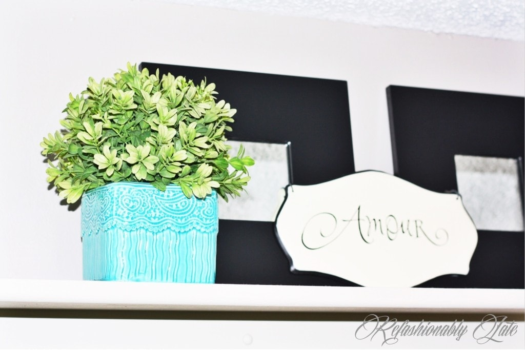 Bedroom Shelf Makeover & Decor - www.refashionablylate.com
