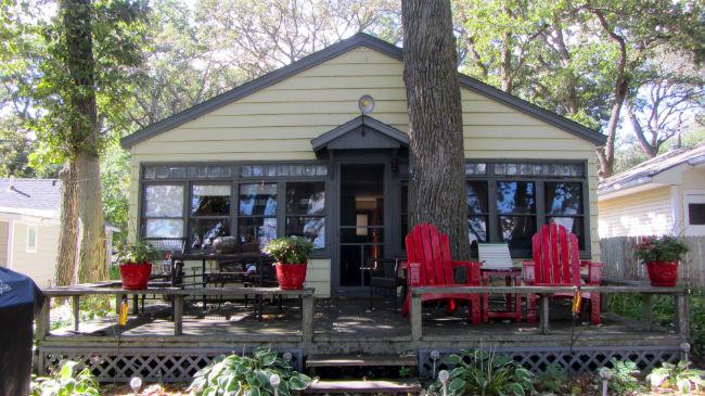 Small Cabin Remodel - www.refashionablylate.com