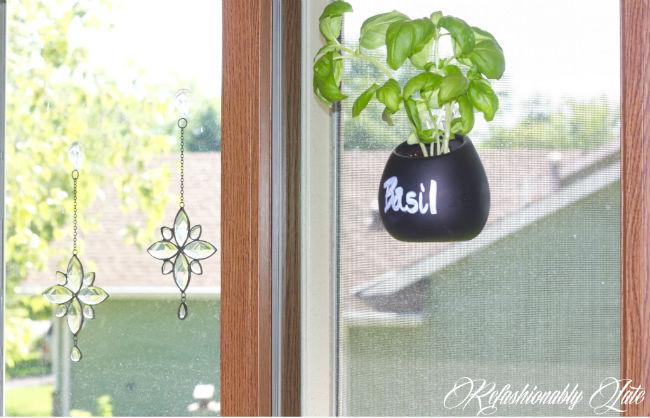 Mini Vase Makeover - www.refashionablylate.com