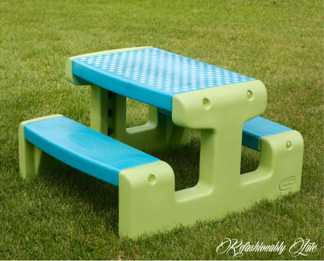 Little Tikes Picnic Table Makeover