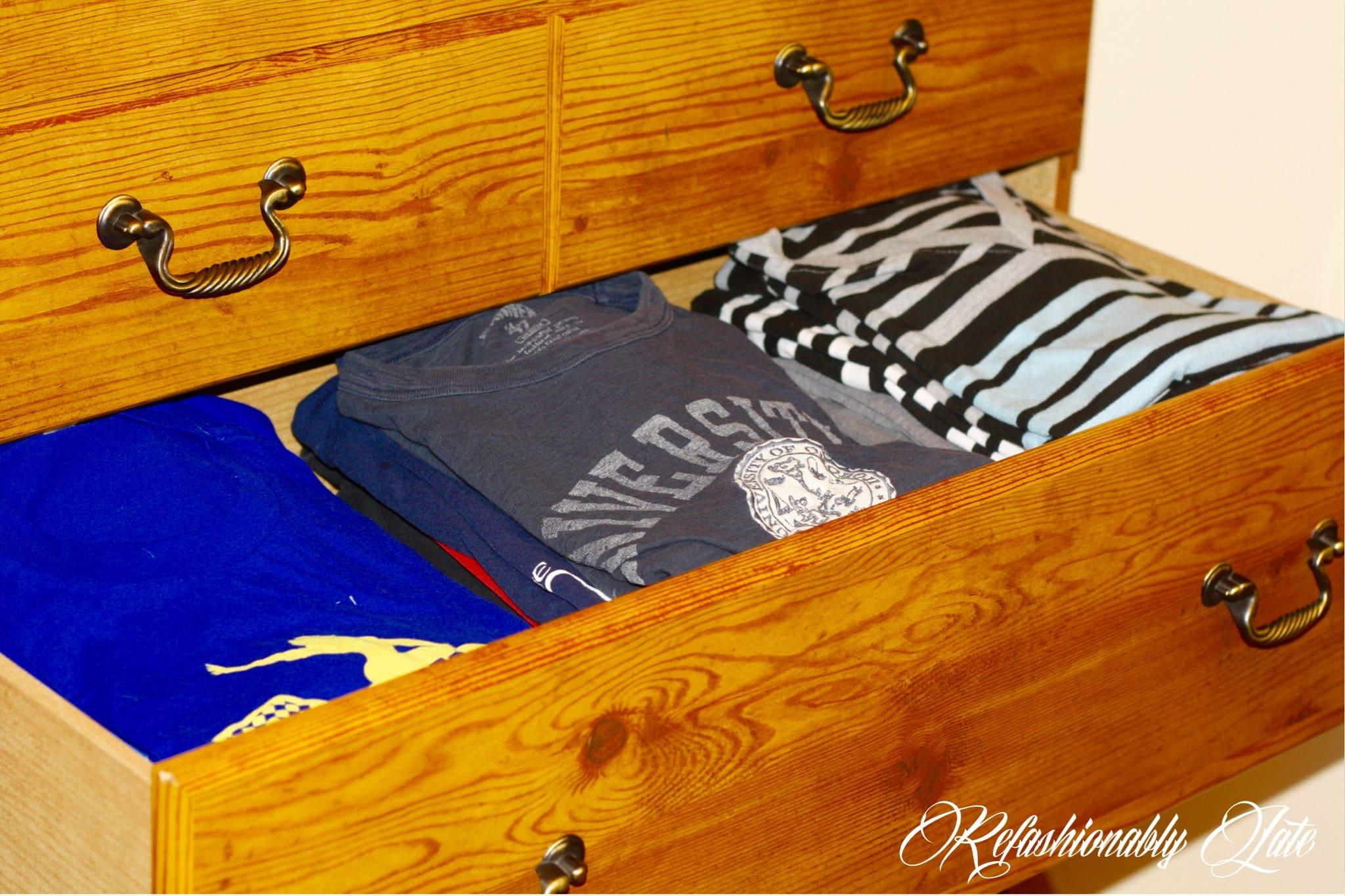 How to Fold Shirts Perfectly Every Time - www.refashionablylate.com