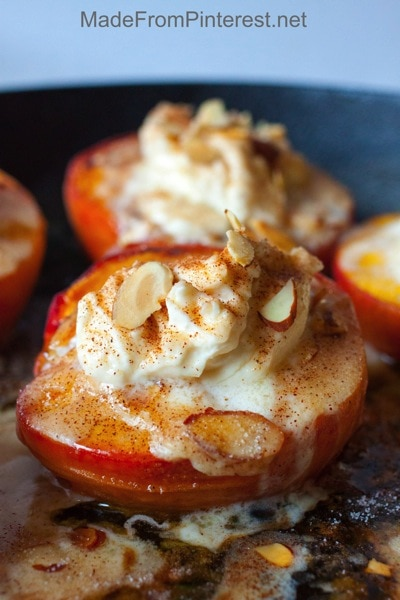 Baked-Peaches-and-Cream-simple-decadent-dessert-that-is-so-easy-to-make1