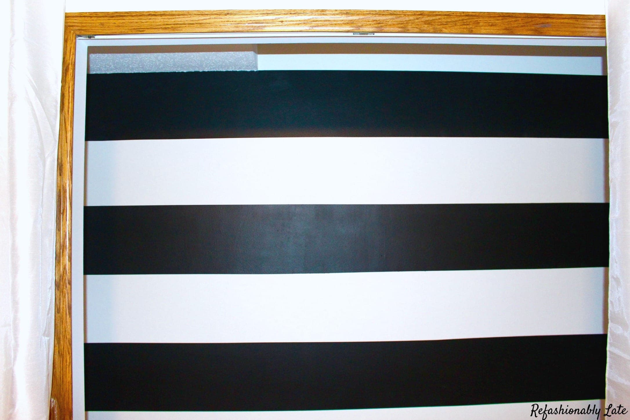 How to Paint the Perfect Striped Wall - www.refashionablylate.com