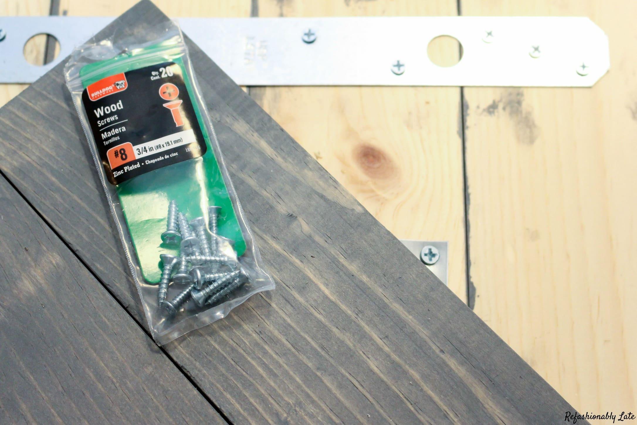Cheap and Easy DIY Lazy Susan for Board Games - www.refashionablylate.com
