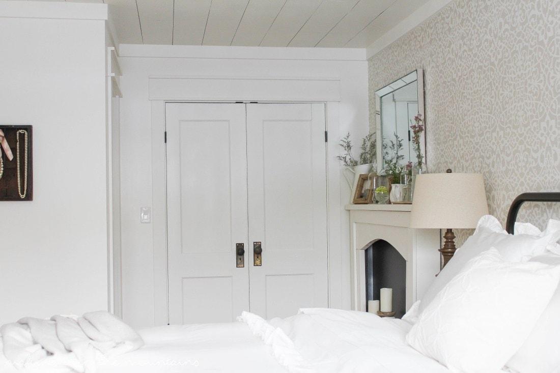 Master Bedroom Masterpieces - www.refashionablylate.com