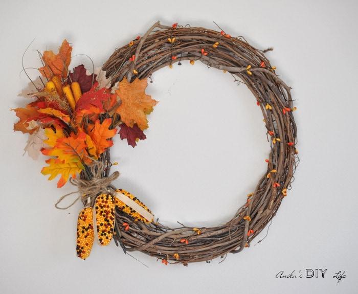 25 Fun Fall Crafts - www.refashionablylate.com