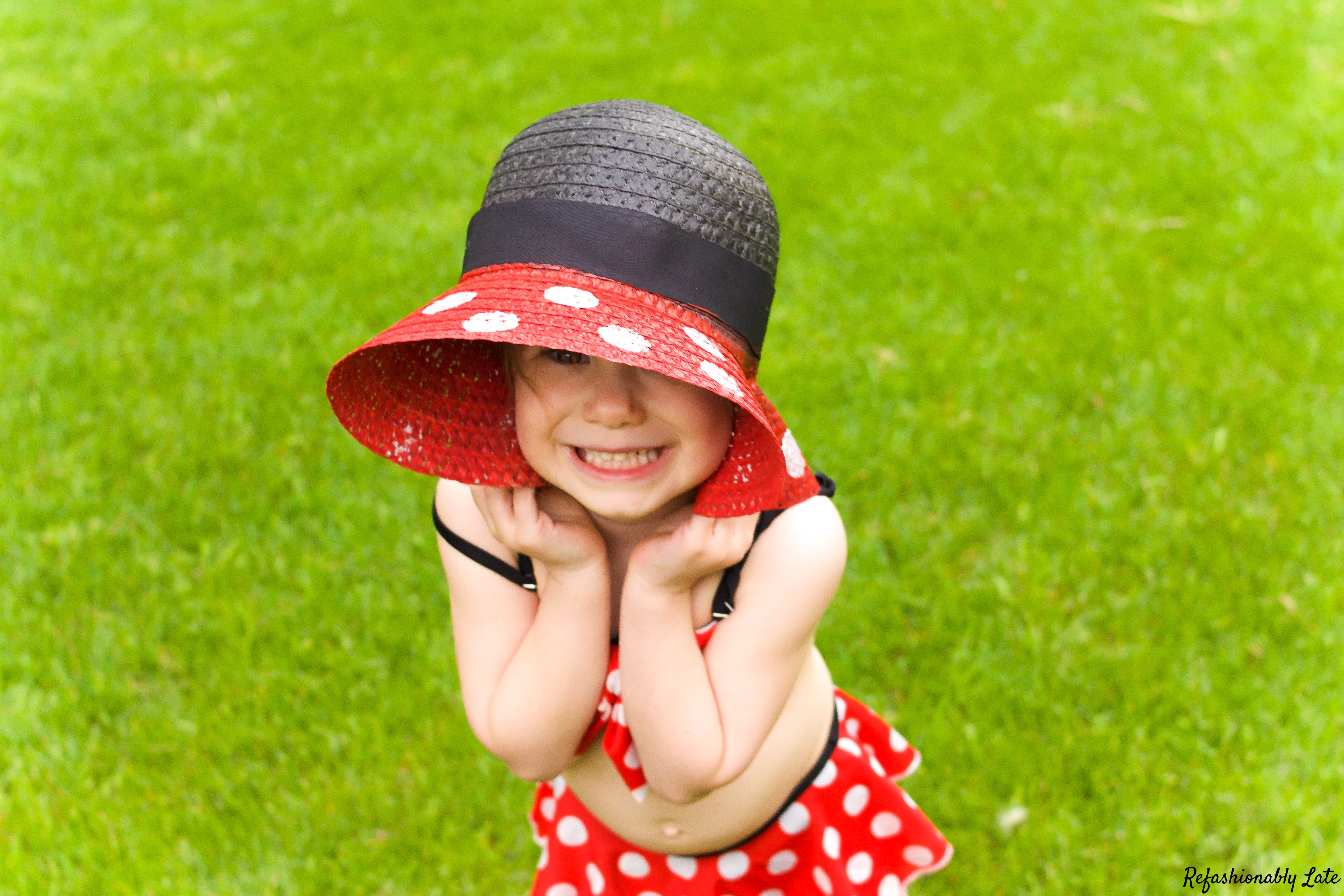 DIY Minnie Mouse Sun Hat - www.refashionablylate.com
