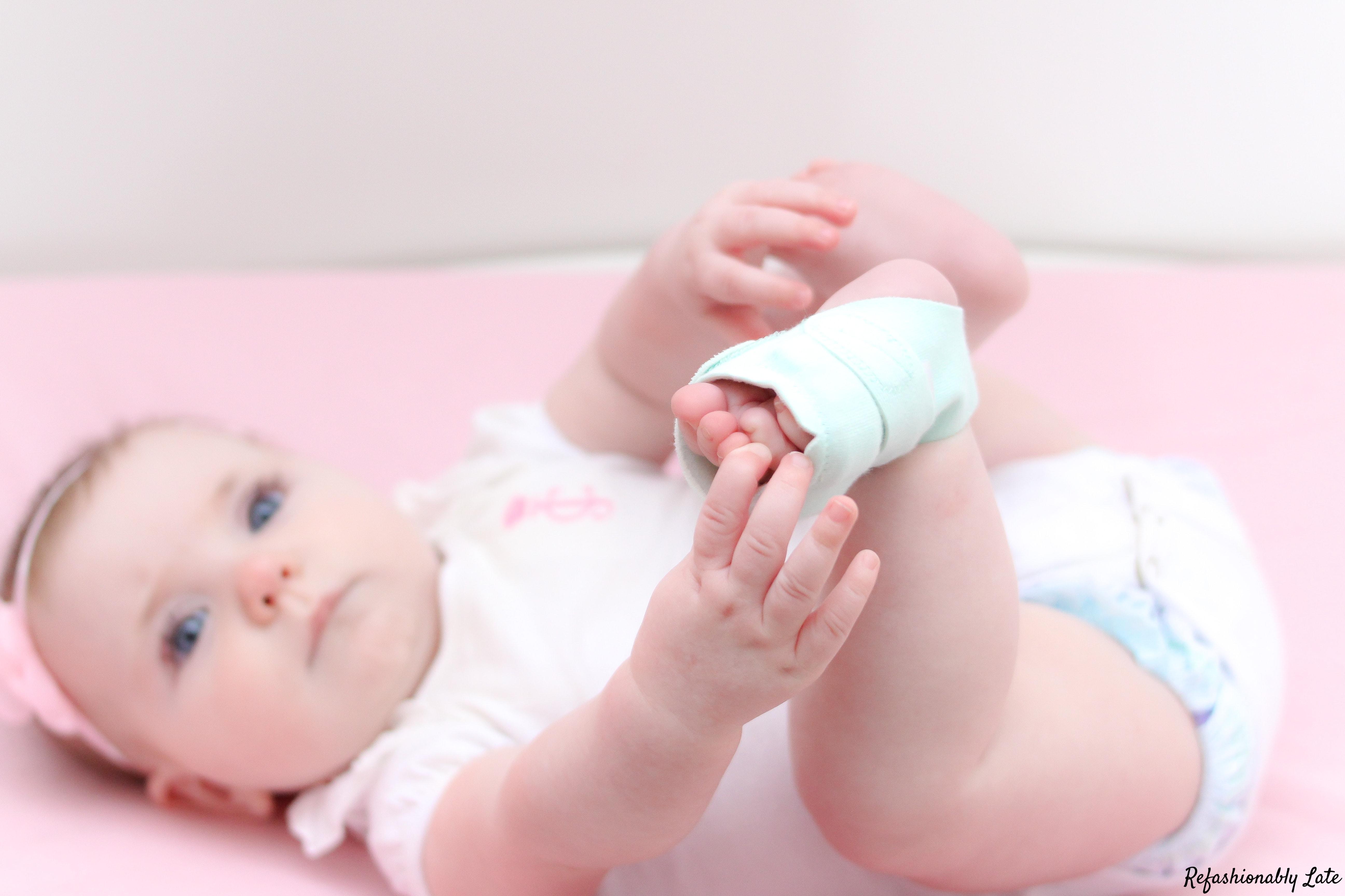 Owlet Smart Sock 2 - www.refashionablylate.com